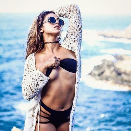 Sea siren Freedom Freethenip FreeTheNipple Freethegoddess Befree Youonlyliveonce Amazing Beautiful Maui Hawaii Mauiportraits Mauiphotography Mauinokaoi Seanymph Siren WOW Instagood Love Awesome Fashion Model @maikaelgunn