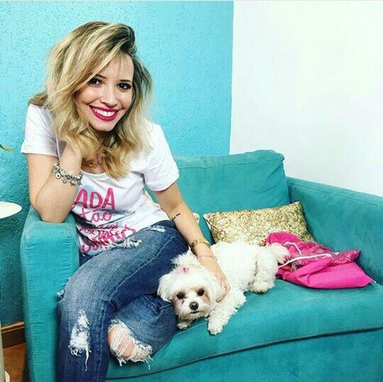 Relaxing Dog❤ Smile ✌ Fashionblogger TA 💜 Sao Paulo - Brazil Pink!