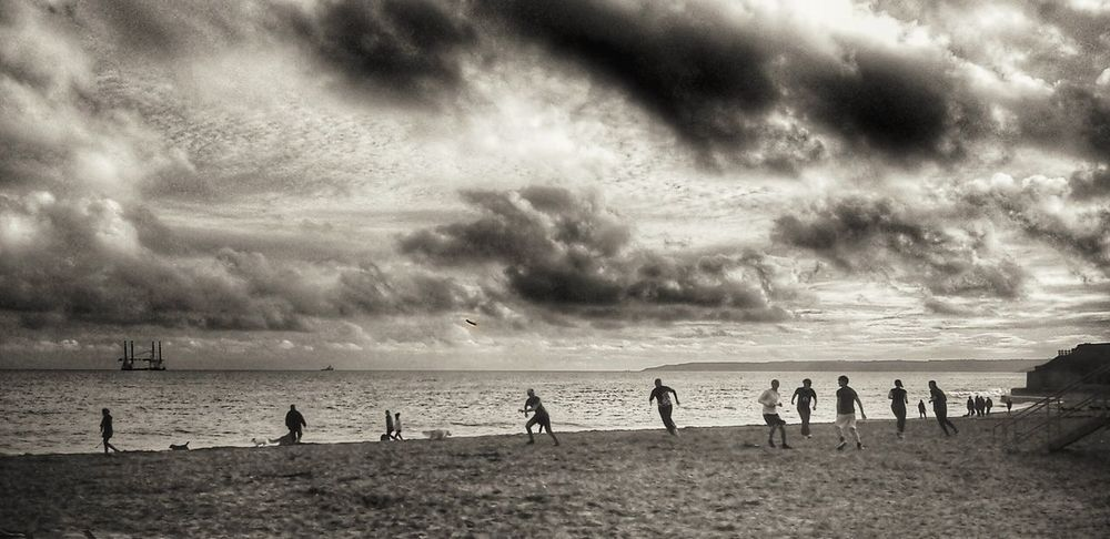 Creative Light And Shadow Black & White By The Sea Snapseed Showcase: January Beach Dodge And Burn Falmouth Sunset The Great Outdoors - 2015 EyeEm Awards Frisbee