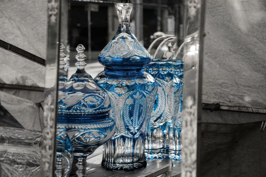 Yesterday walking thru a antique market in São Paulo Beneditocalixto I saw this image and remembered EyeEm missions Reflected Glory Turquoise By Motorola Crystal Clear Endlessness Looking To The Other Side Cobalt Blue By Motorola Make Magic Happen