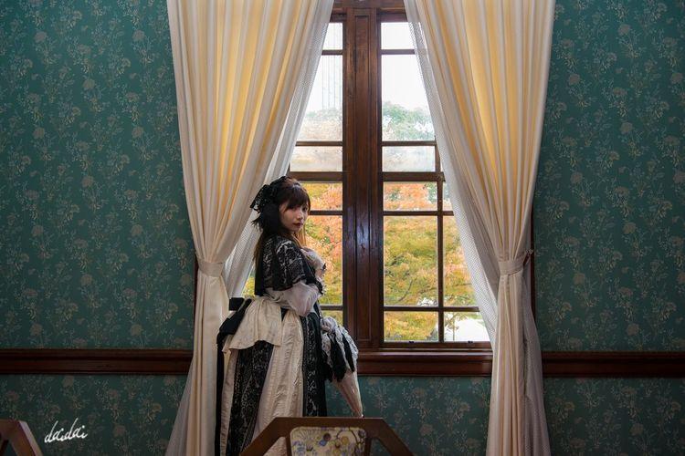 その窓から見たいのはこれから訪れ