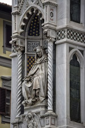 Statue Sculpture Travel Destinations Architecture History Arch Built Structure Outdoors Bas Relief Building Exterior No People Day Florence The Best City In The World Likeness Visit Italy Shadow Shadows & Lights Florence, Italy City Life Architecture Spirituality Religion Duomo Di Firenze Low Angle View