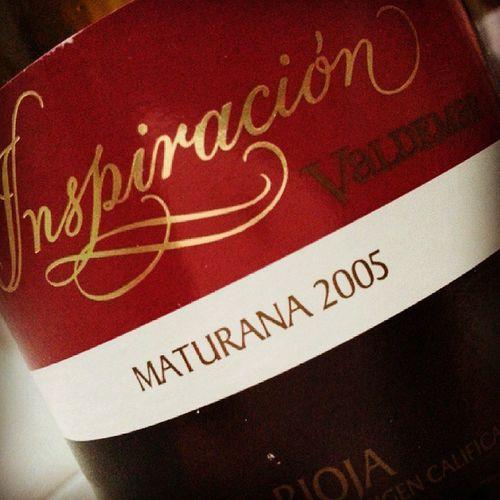 Yo buscando la Inspiracion y resulta que estaba embotellada por @valdemar! Maturana que recuerda Montebajo Balsamico Terroso Cafe Mineral un vino Excepcional de una Bodega Excelente