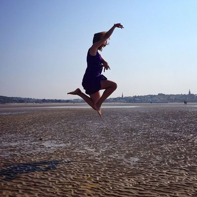 Another #fun #jump shot ? lzemka on #Ryde beach on #IsleOfWight #aauk #allshots_ #sea #britishsummer #capture_today #englishchannel #gi_uk #gf_uk #gang_family #ig_england #o2travel #summer #YourTurnBritain #royalisland Ig_england Aauk Summer Printmyfeedhappydays Sea Capture_today Fun Loveyoursummer Yourturnbritain Jump Englishchannel Isleofwight Gang_family Royalisland Britishsummer Ryde Allshots_ Gf_uk O2travel Gi_uk