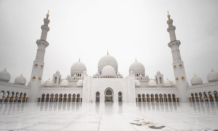 Sheikh Zayed Grand Mosque. Abu Dhabi, UAE Dome Architecture Travel Destinations Religion Arch Tourism Built Structure Place Of Worship Spirituality History Building Exterior Travel Outdoors Architectural Column Day Marble Clear Sky No People Sky Place Of Worship Sheikh Zayed Grand Mosque Abu Dhabi UAE Architecture Travel