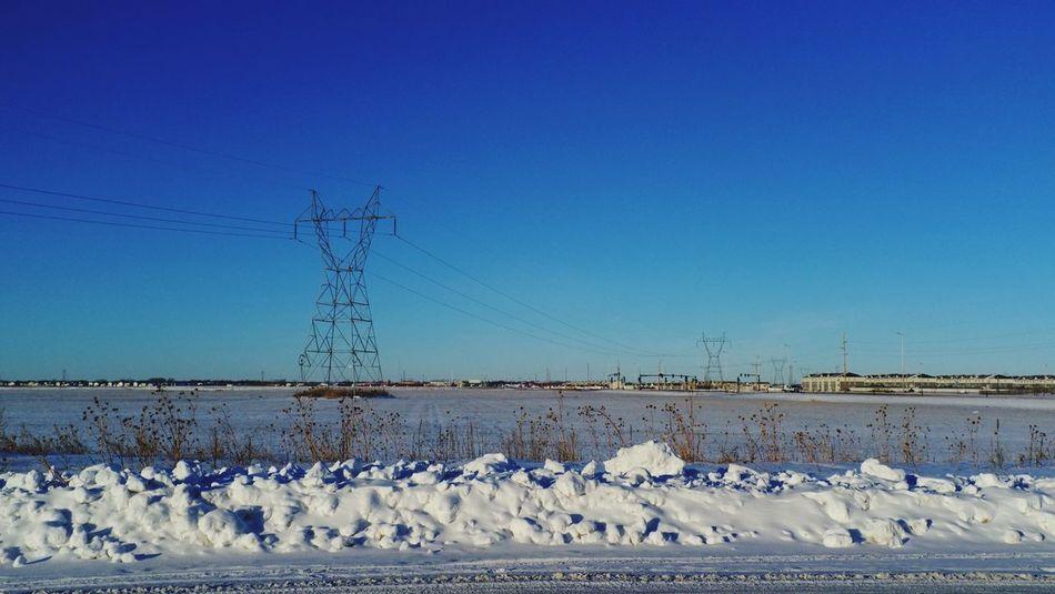 QVHoughPhoto FujiFilmX100 Fargo Northdakota Landscape Winter Snow Powerlines