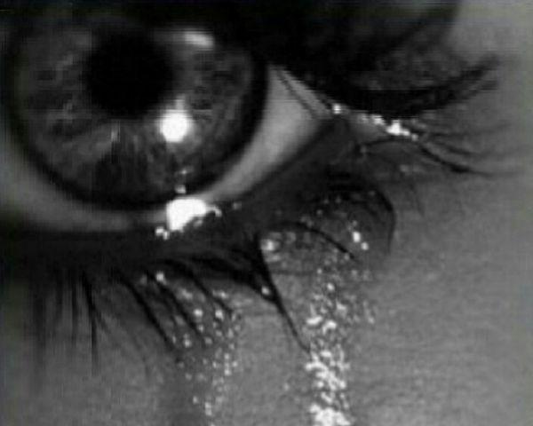 You are the reason of my tears... Uae #dubai #sharjah #ajman #rak #fujairah #alain #abudhabi #ummalquwain #instagood #instamood #instalike #mydubai #myuae #dubaigems #emirates #dxb #myabudhabi #shj #insharjah #qatar #oman #bahrain Kuwait Ksa