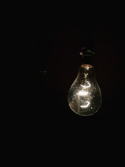 Studio Shot Black Background Light Bulb No People Electricity  Close-up Copy Space Indoors  Filament Innovation Light And Shadow Light In The Darkness Dark Shadow Edison Bulb The Street Photographer - 2018 EyeEm Awards HUAWEI Photo Award: After Dark A New Beginning