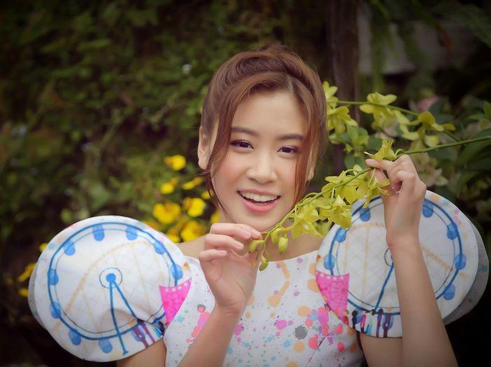 青春無悔(二) - 林凱恩 Miss Hong Kong Iris Lam, Portrait of TVB Artistes & Miss Hong Kong Portrait Of TVB Artistes & Miss Hong Kong Hong Kong Flower Show 2016 Miss Hong Kong TVB Artists Portraits Hong Kong TVB Artists Portrait Photography EyeEm Masterclass EyeEm Gallery Women Who Inspire You Hong Kong