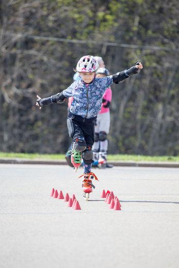 Minipuss Childhood Children Focus On Foreground Girl Girl Power Inline Skating Onefoot  Outdoors Rollerblading Rollers Rollerskating Seba Skating Mi Amor ♥
