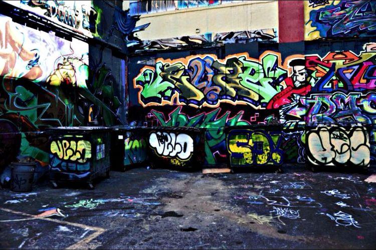Taking Photos Graffiti Urban