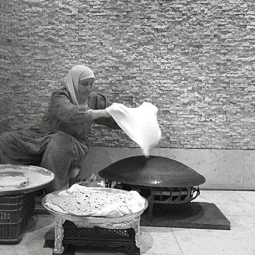 200 / 366 Basket Bazlama Flat Bread Hat Outdoors Turkish Bread Black And White Black&white Black & White Blackandwhite