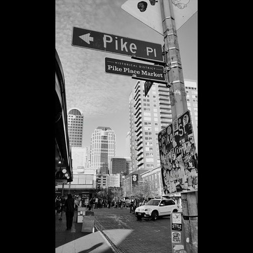 Pikeplace PikeStreet Blackandwhite Looksawesome Photography BlowingUpInstagram