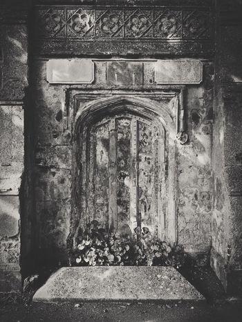 Tomb Tombstone Mauseleum Monochrome Blackandwhite Gothic