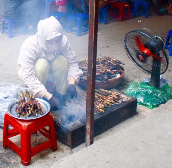 Cooking On The Street Cooking Hanoi, Vietnam Street Food Making A Living Hanoi , Vietnam Food Street Photography Side Of The Road Hanoi Food Phố Cổ Old Quarter, Hanoi Lunch BBQing BBQ Smokey Smokey Meat Street Food Worldwide