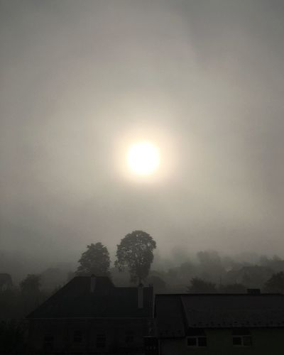 Sunrise like that Weather Sun No People Outdoors Beauty In Nature Fog Tiled Roof  Freshness Breathing Space Dawn Of A New Day Foggy Morning Early Morning Sky Early Morning The Week On EyeEm