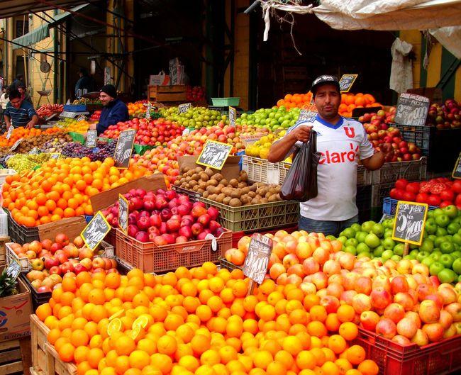 Valparaiso, Chile Apple - Fruit Orange - Fruit Fruit Business Market City Healthy Lifestyle Tomato Price Tag Vegetable Market Stall