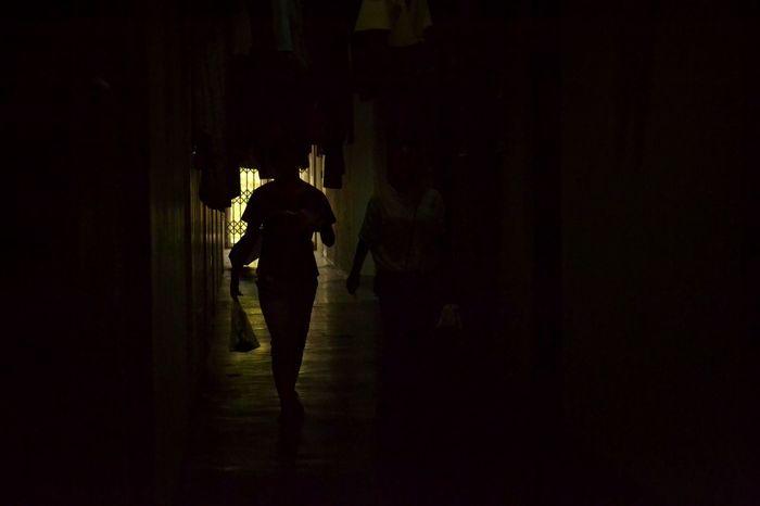 白夜 white night Dark Rear View People Ground Floor Day Student Life Apartment Study After School Lifestyle