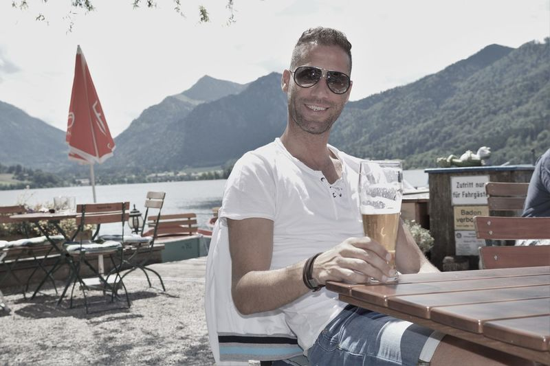 Biergarten Enjoying Life Enjoying The Sun Hello World Man Men Men Of EyeEm Portrait Schliersee, Bayern ThatsMe Urlaub