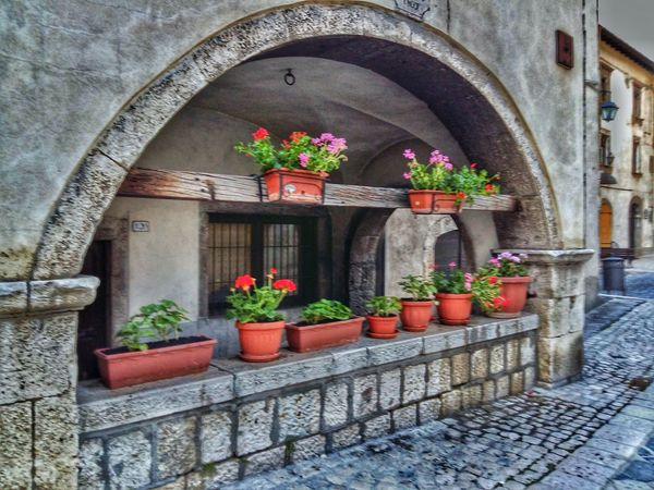 Beautiful Place Abruzzo - Italy Pescocostanzo Flowers Street No People Abruzzo Traveling Lovely Town  Italy Visit Italy Fiori Viaggiare Showcase July