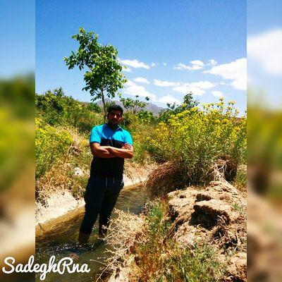 👌 Lalehzar is a village in Lalehzar Rural District, Lalehzar District, Bardsir County, Kerman Province, Iran 🌸 صنعت گلاب_گیری منطقهلاله_زارمدیون زندهیاد شهین_دخت صنعتی است 👸 هزاران هکتار باغ گلبا وجود خشکی هوا درشهرستانبردسیر، در ارتفاع 2700متری منطقهلالهزار گل_محمدی بدست میآید 🌿 درواقع لالهزار مرتفعترین منطقه استان کرمان است و به مرتفعترین منطقه ایران که سکونت در آن همچنان وجود دارد 😱 ⚡ مختصات جغرافیایی 56 درجه و 50 دقیقه طول شرقی و 29 درجه و 30 دقیقه عرض شمالی در 75 کیلومتری جنوب شرق شهر بردسیر قرار دارد 🌍 SadeghRna Thursday, June 4 2015 😏 Mustseeiran Iranemon Iranteravel ماباهمیم ایران_را_باید_دید