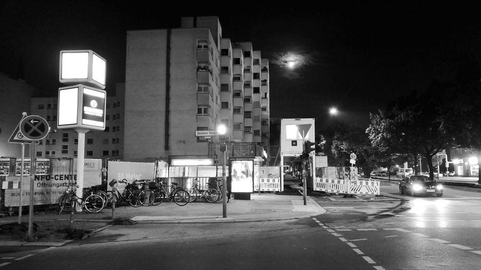 Night Illuminated Outdoors City No People Sky City At Night Nighttime Berlin Empty Road Empty Streets Steetphotography Blackandwhite Bnw Streetphoto_bw Street Light Moon Moonlight Lofi Lo-fi