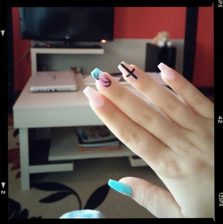 New nails.. ? Nails Summer Art Taking Photos