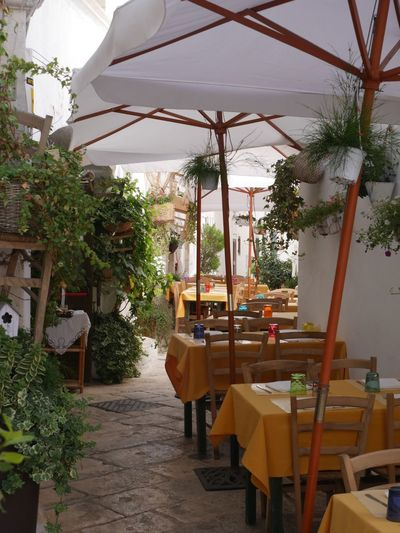 Tables Locorontondo Itria Valley Valle D'itria Italy Tables Restaurant Eating Street