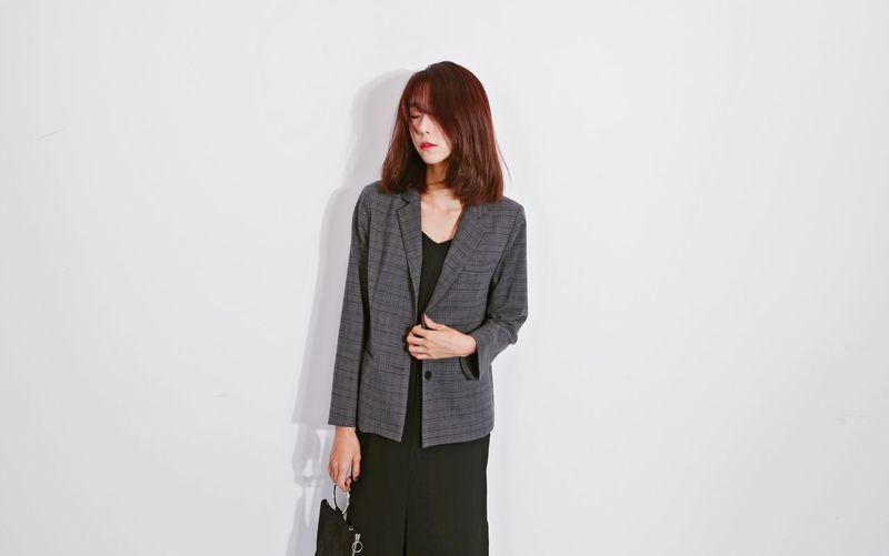 Korean Model Fashion Woman Model urban-grey