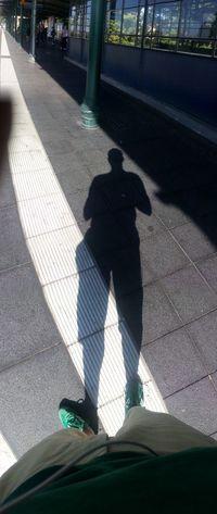 From Where I Stand Berlin Tempelhof Auf Die Sbahn Warten Details Of My Life
