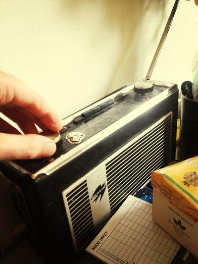 radiorakel fm99'3 harrold loyd's show live breakbeats n technodubstepstonermashes Radiorakel99'3 SKANTIC Hands On