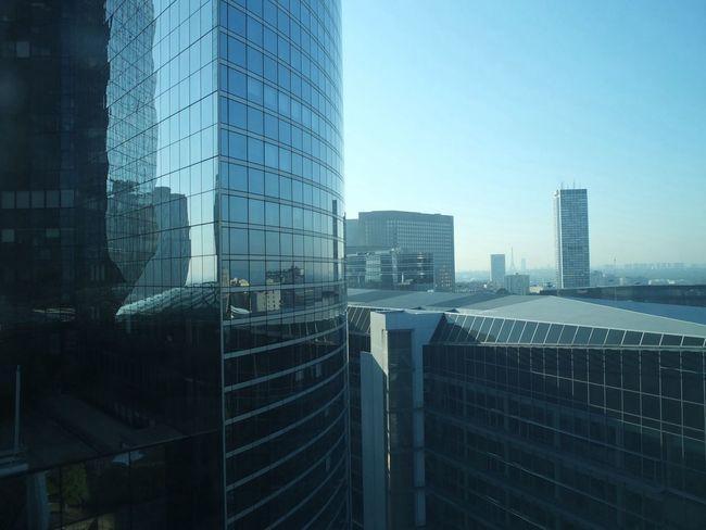 A défaut de travailler le dimanche, je peux toujours profiter de la vue Eye4photography Fujix10 Architecture Urban Geometry