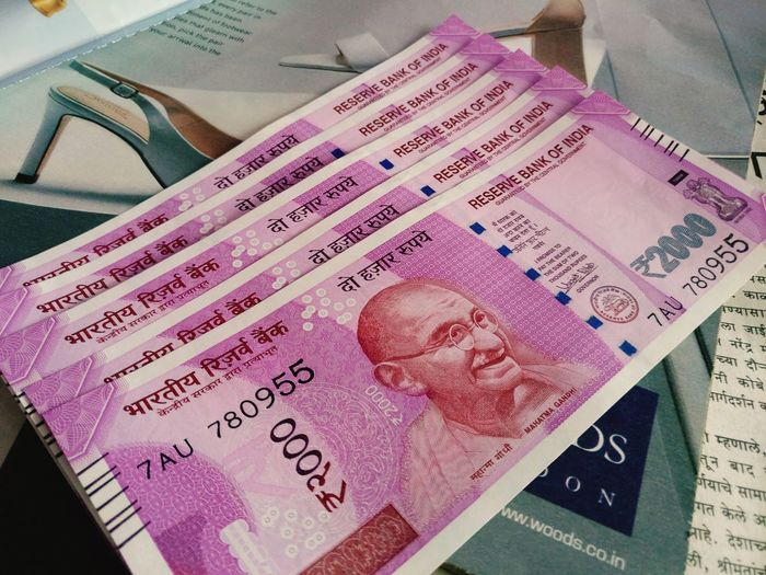 Indiancurrency Demonitising New2000note Finance Currency Indian Currency Notes Currency Revolution Currency Symbol