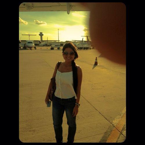 Não deixe pra amanhã o que vc pode deixar pra lá. Aeroporto de Campinas,linda essa foto ,mostra um pedacinho do céu que Deus desenhou nesse dia ...
