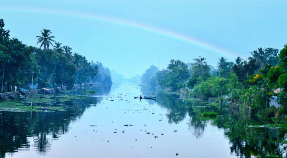 Early morning scenes in gods own country be like 👆 Landscape Backwaters Of Kerala Amazing Nature Early Morning Misty Mornings Rainbow Rvpics Nikonlover