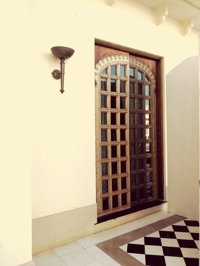 Eyeem Photography Travel Photography EyeEm Gallery EyeEm Team Eyeem Market Incredible India Heritage Hotel Things I Like Showcase April Taking Photos Deceptively Simple Doorway Heritage Brass Door Lamp Post