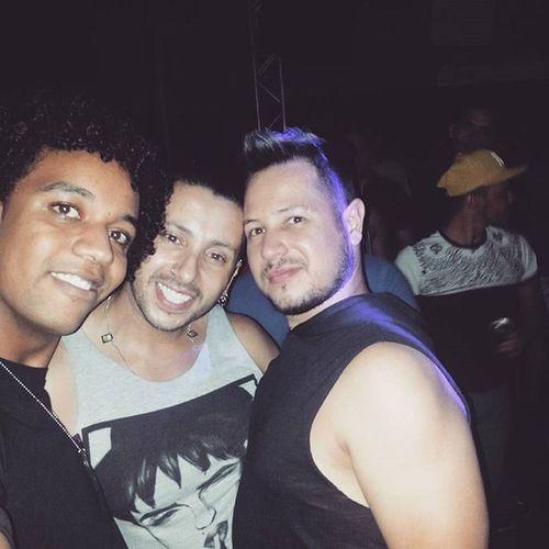 Saturday night... Instagram Saturday Saturdaynight Balada Partygay Aloca Clubealoca Freicaneca