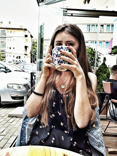 Photography Themes Photographing Selfie Self Portrait Photography Camera - Photographic Equipment Portrait Technology Front View Leisure Activity Real People One Person Looking At Camera Photographer Young Adult Day Lifestyles Young Women Adult Photo Messaging PRISHTINA VSCO Vscokosova One Young Woman Only Eyes Adults Only The Portraitist - 2017 EyeEm Awards EyeEm Selects