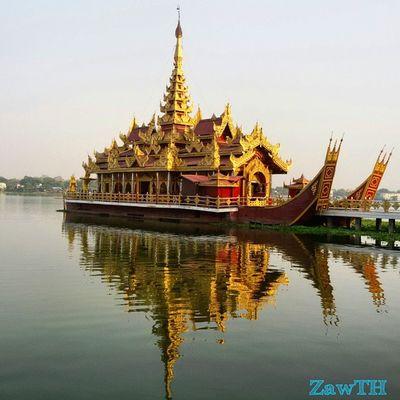 The PyiGyiMon Royal Barge. Barge Royalbarge Mandalay Myanmar Myanmarphotos Burma Burmeseart Burmesearchitecture Reflection Exploremyanmar Kandawgyi Goldenland Igersmyanmar Igersmandalay Vscomyanmar Burmeseigers GalaxyGrand2 Zawth