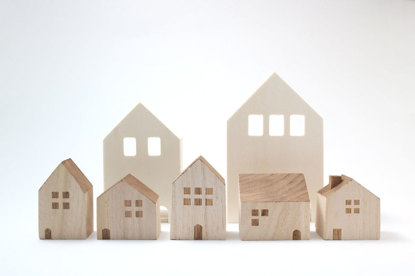 Apartment Arch Building Business Condominium Connection Detached House Figurine  Home House Housing Insurance Loaf Of Bread Loan  Miniature Mortge No People Poroert Real Estate Residential Building Studio Shot Tourism Town Town Scape White Background