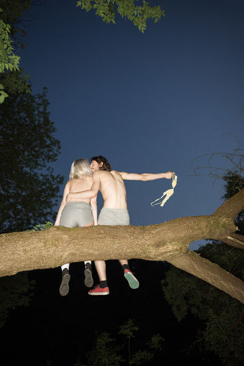 It's a Date Couple Kiss Love Dark Blue Sky Summer Night Sitting On A Branch In A Tree Toplesswoman Lingerie Romantic Wild Sexygirl Nüde Art. Linas Was Here #NotYourCliche Love Letter