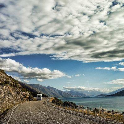 Sony Nex Nex5n Skopar 21mm hdr clouds britz campervan newzealand landscape road perspective