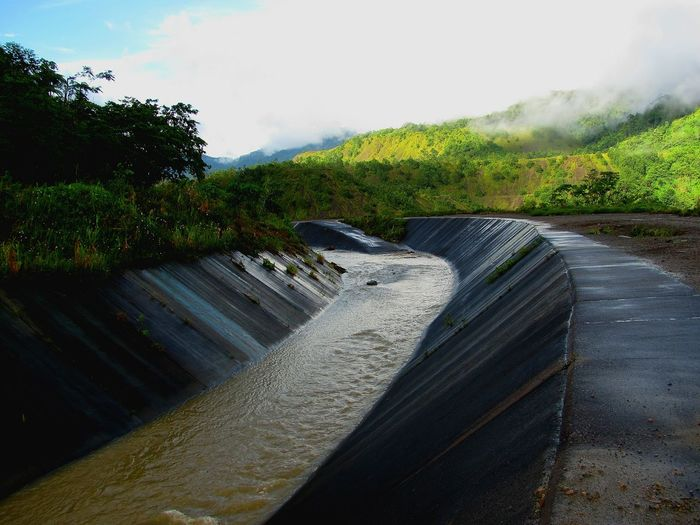 Drainage Channel Man Made Valleys Crown Prince Range Tropical Island Mobile Photography
