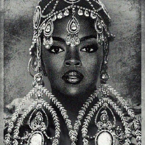 THE BEST LaurynHill