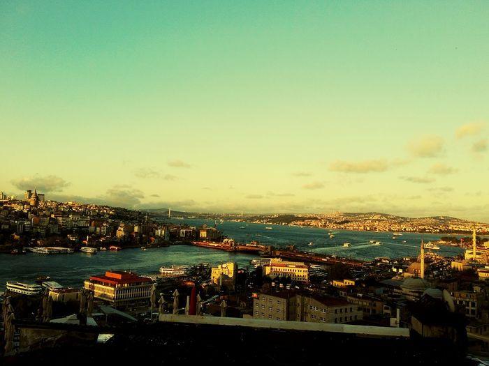 Gunbatimi Objektifimden Kadrajturkiye Likeforlike #likemyphoto #qlikemyphotos #like4like #likemypic #likeback #ilikeback #10likes #50likes #100likes #20likes #likere Colour Of Life Odakgroup Rbsphotography Hello World Istanbul Turkey Istanbuldayasam Yakınbuldumpaylaştım Mimarsinancafe Havadanistanbul