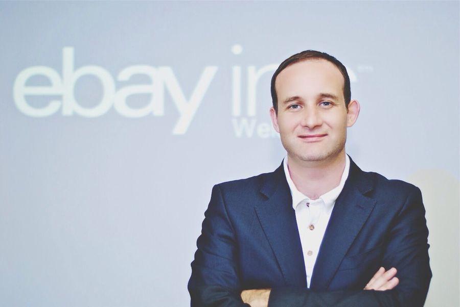 corpora Paypal Confidence  Success Portrait