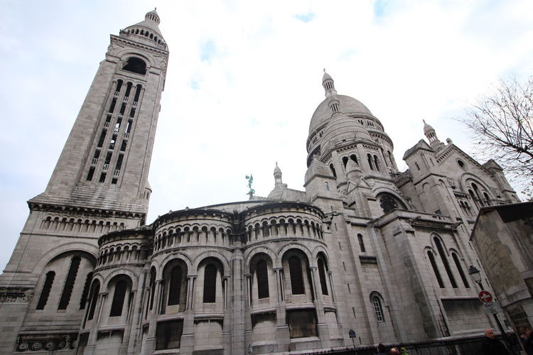 Paris Sacre Coeur Sacré Coeur, Paris Architecture Building Exterior Built Structure City Cloud - Sky Day Dome History Low Angle View No People Outdoors Place Of Worship Religion Sky Tourism Travel Travel Destinations Wide Angle