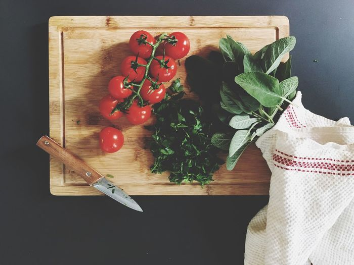 Cutting Board Vegetable Freshness Food And Drink Indoors  Tomato Healthy Eating Preparation  Kitchen Knife Food High Angle View Chopping Board Table Domestic Kitchen Ingredient Directly Above Kitchen Preparing Food Chopping Healthy Lifestyle