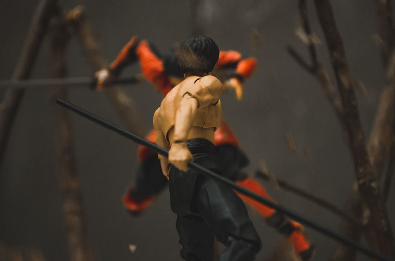 Face your Enemy! Toys Toy Toyphotography Toysphotography Toyslagram Toystagram Toysaremydrug Toys4life Toy Photography Bruce Lee Wing Chun Kungfu  Battle 1vs1 Red Warm Colors Warm Toyartistry Diorama