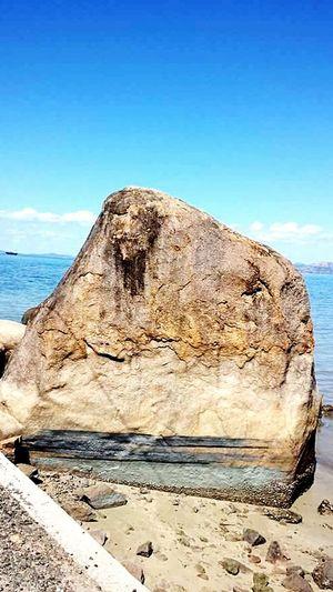 Rockformations Blue Sea Blue Sky Magneticisland Queensland Australia Outdoors Hiking Travel Destinations